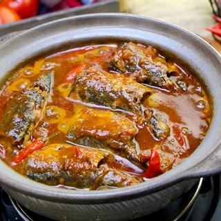 Cách nấu Cá Nục Kho Cà chua nước dừa thơm ngon, đậm đà