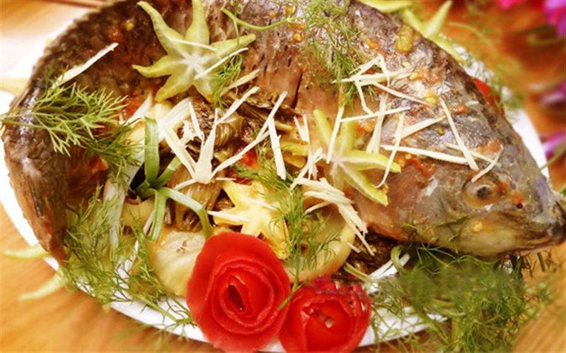 Cách làm cá chép om dưa cải chua