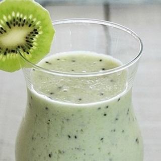 Cách làm sinh tố kiwi mát lạnh