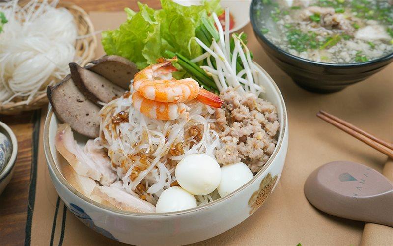 Hình thực hiện - Công thức Cách nấu Hủ Tiếu Nam Vang nước trong ...