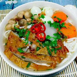 Bánh canh chả cá thơm ngon dễ làm cho bữa sáng