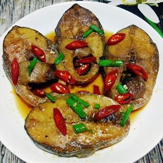 Cá ngừ kho nước dừa