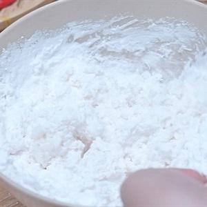 Bánh bột lọc trần nhân tôm