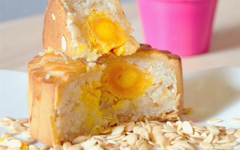 Cách làm bánh trung thu dừa hạnh nhân