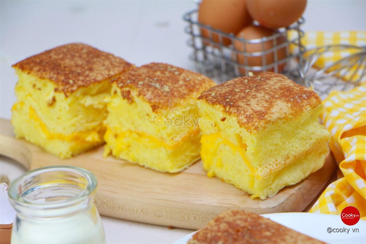 Cách Làm Bánh Bông Lan Phô Mai Thơm Béo Cực Hấp Dẫn - ảnh 2.