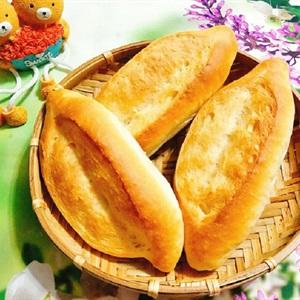 Bánh mì tươi truyền thống