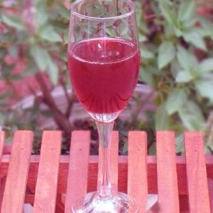 Rượu mận hậu