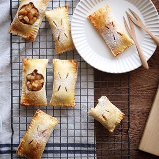Cách làm bánh táo mini nướng