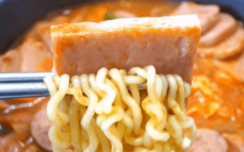 Cách làm Mì Cay Hàn Quốc đậm đà cay ngon đúng chuẩn tại nhà