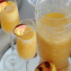 Cocktail bellini đào nướng