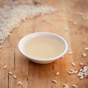 Tự làm giấm gạo tại nhà