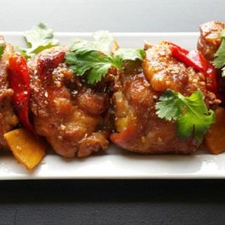 Cách làm thịt gà kho nước dừa