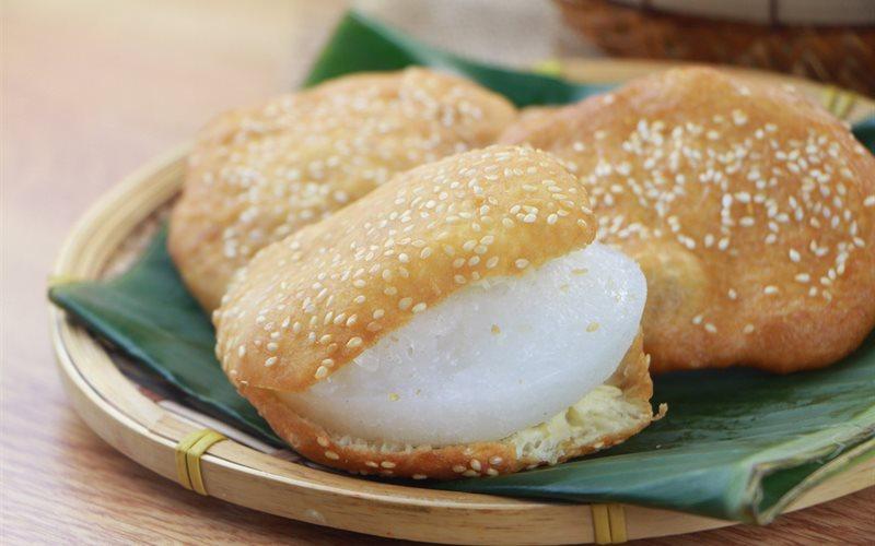 Cách làm Bánh Tiêu bằng sữa đặc, bột nở thơm ngon tại nhà