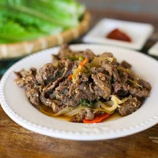 Thịt bò xào kiểu Hàn hấp dẫn