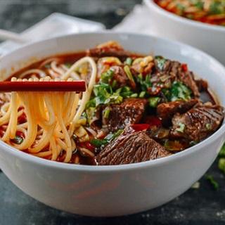Cách làm súp bò cay