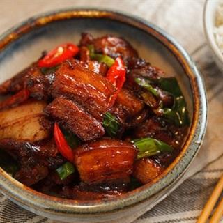 Thịt rang cháy cạnh siêu ngon