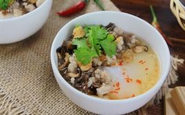 Những món ăn vặt gây thương nhớ của Hà Nội