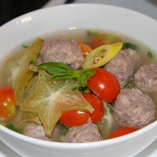 Cách làm canh thịt bò nấu khế chua