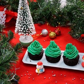 Cách làm bánh cupcake cây thông Giáng Sinh