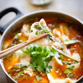Cách làm canh cá trắm nấu chua cay