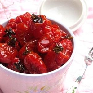 Mứt cà chua bi mới lạ