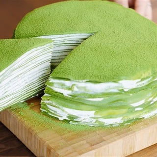 Cách làm bánh crepw vị trà xanh ngàn lớp