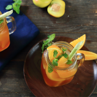 Cách làm trà đào cam sả mát ngọt