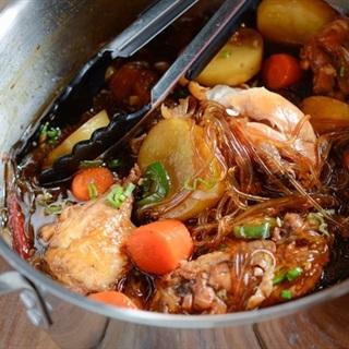 Cách làm thịt gà om miến