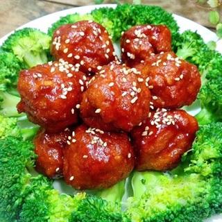 Cách làm thịt gà viên sốt cà chua