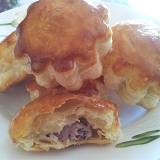 Bánh Pate Chaud nướng