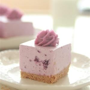 Bánh cheesecake khoai lang tím