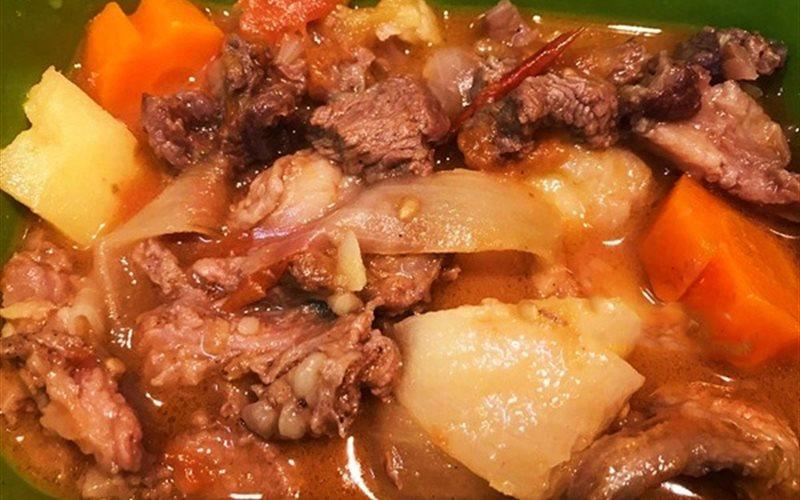 Cách làm thịt bò sốt vàng đơn giản