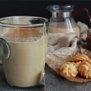 Cách pha trà sữa caramel