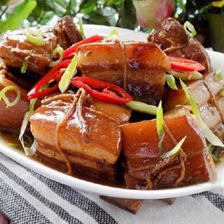 Cách làm thịt kho Đông Pha nóng hổi