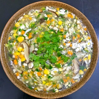 Cách làm súp gà bắp bổ dưỡng