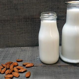 Sữa hạnh nhân ngon