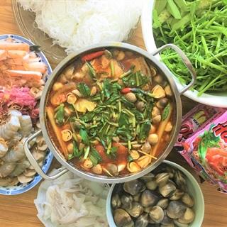 Cách nấu Lẩu Hải Sản Chua Cay cho món ngon cuối tuần