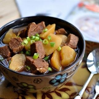 Khoai tây hầm thịt bò