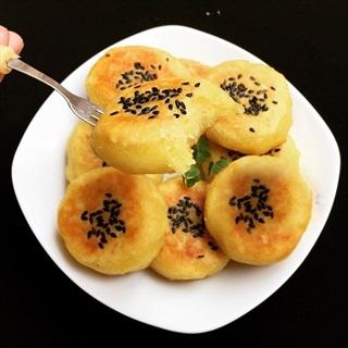 Cách Làm Bánh Khoai Lang Phủ Mè