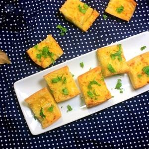 Bánh mì nướng bơ tỏi kiểu Pháp