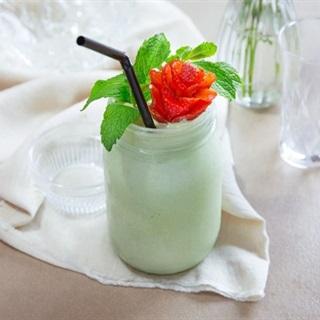 Cách làm sinh tố kem trà xanh