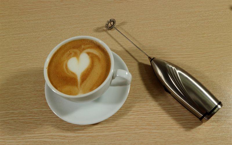 Cách làm Cà Phê Latte ngon đúng điệu mà ai cũng mê