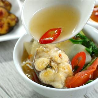 Cách làm lẩu cá lăng nấu măng chua và cá lăng chiên giòn