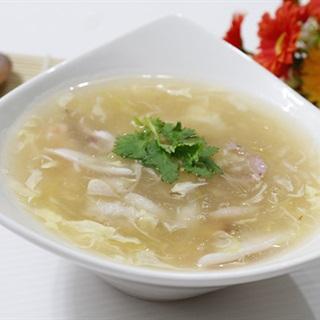 Cách nấu Súp Hải Sản với nước dùng gà thơm ngon cho cả nhà
