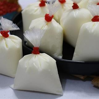 Sữa chua túi