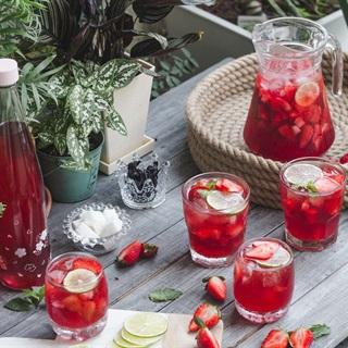 Trà dâu bụp giấm - Hibiscus Strawberry Tea