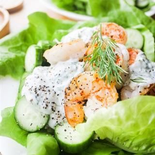 Salad tôm sốt sữa chua