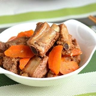 Sườn om cà rốt