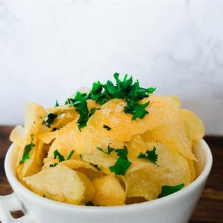 Khoai tây chiên lắc bột phô mai tỏi
