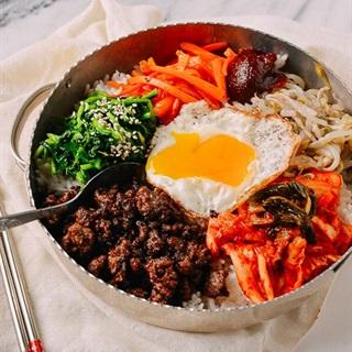 Cách làm Cơm trộn Hàn Quốc - Bimbimbap